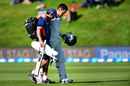 Ross Taylor retired hurt for 8 with an injury, New Zealand v South Africa, 1st Test, Dunedin, 2nd day, March 9, 2017