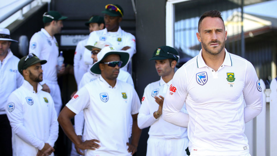 Faf du Plessis waits to lead South Africa out