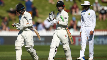 BJ Watling and Henry Nicholls walk off at tea
