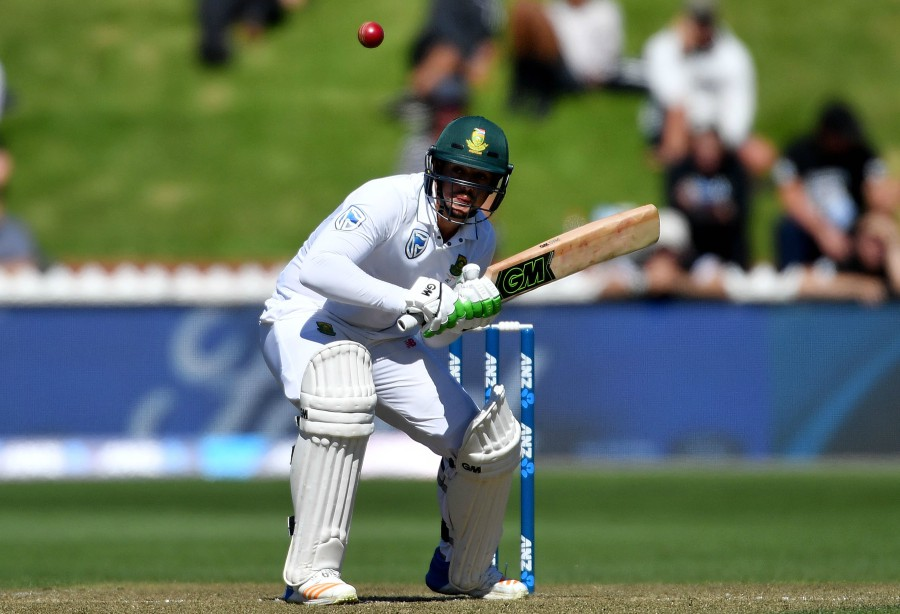 South Africa's de Kock an injury concern for third test