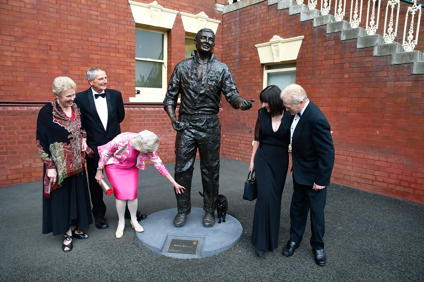 The Benauds at the Richie: John Benaud and his wife Lyndsay at left, Richie Benaud's wife Daphne (bending), and his son Jeffrey and his wife