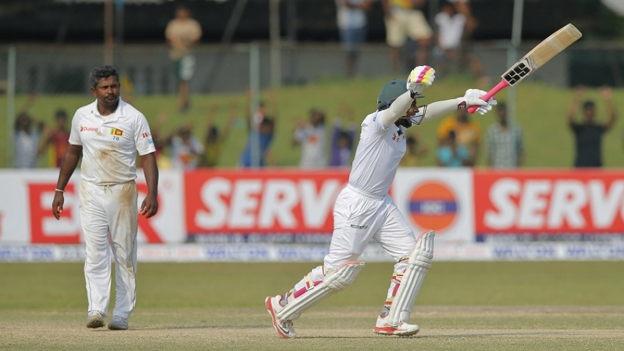 Mushfiqur Rahim celebrates Bangladesh's four-wicket win