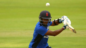 Daniel Bell-Drummond's 81 anchored South's innings