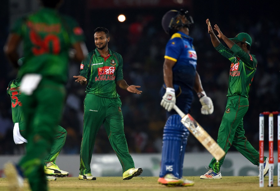 Sri Lanka bowled out for 234 as visiting side takes 1-0 lead in three-match series