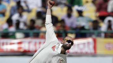 Nathan Lyon in his delivery stride