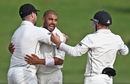Jeetan Patel celebrates a wicket with his team-mates, New Zealand v South Africa, 3rd Test, Hamilton, 4th day, March 28, 2017