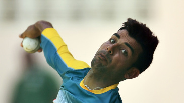 Shadab Khan bowls in the nets