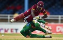 Chadwick Walton runs into Ahmed Shehzad, West Indies v Pakistan, 2nd T20I, Port of Spain, March 30, 2017