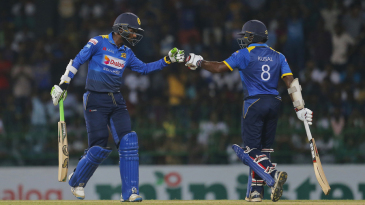 Upul Tharanga and Kusal Perera struck a 65-run opening stand