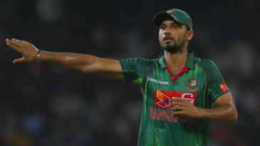 Mashrafe Mortaza directs an adjustment in the field