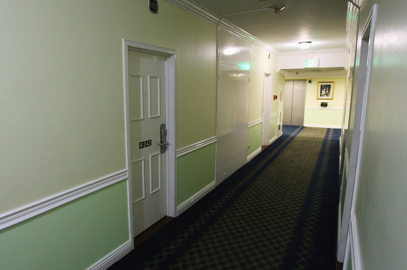 Corridors of uncertainty: a floor at the Pegasus