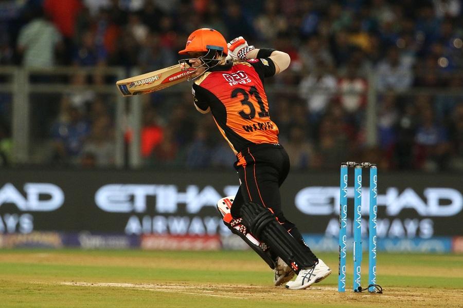 आईपीएल में सबसे ज्यादा चौके लगाने वाले टॉप 6 बल्लेबाज़ 1