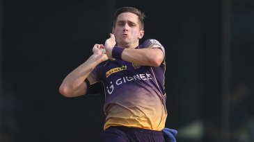 Chris Woakes in his delivery stride