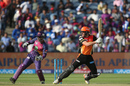Moises Henriques cuts during his half-century, Rising Pune Supergiant v Sunrisers Hyderabad, IPL 2017, Pune, April 22, 2017
