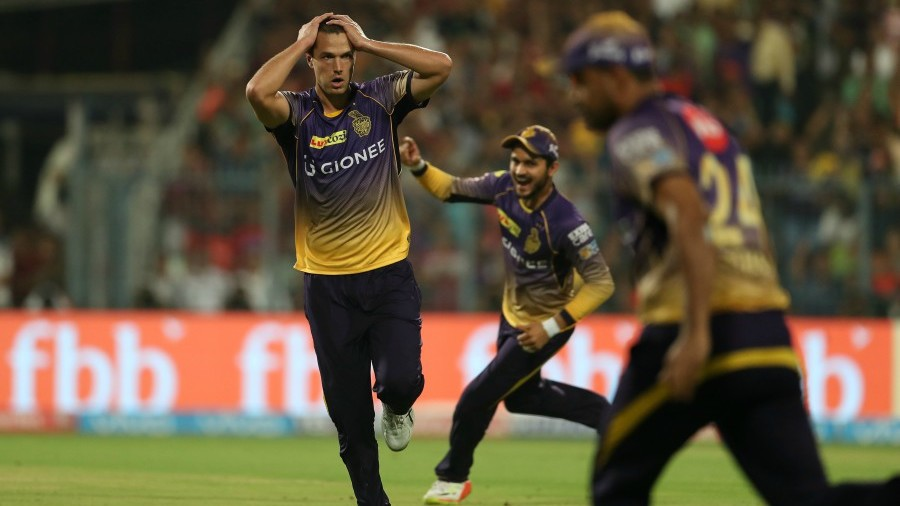 Nathan Coulter-Nile's anxiety was calmed by Robin Uthappa's catch