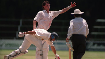 Eddo Brandes receives the ball as Nasser Hussain completes the run