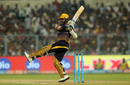 Robin Uthappa swivels while executing a pull during his fifty, Kolkata Knight Riders v Delhi Daredevils, IPL 2017, Kolkata, April 28, 2017