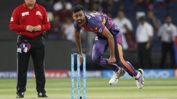 Jaydev Unadkat delivers the ball