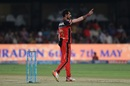 Yuzvendra Chahal raises his own finger after getting Manan Vohra's wicket, Royal Challengers Bangalore v Kings XI Punjab, IPL 2017, Bengaluru, May 5, 2017