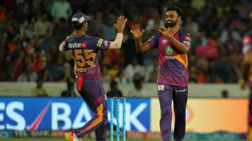 Jaydev Unadkat celebrates with Washington Sundar after taking a wicket
