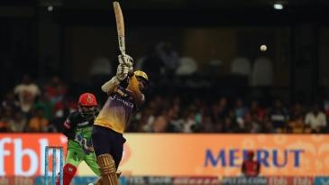 Sunil Narine hit three consecutive sixes off Samuel Badree's legspin