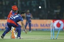Dwayne Smith was run out after Mohammed Shami broke the stumps, Gujarat Lions v Delhi Daredevils, IPL 2017, Kanpur, May 10, 2017