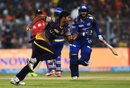 Saurabh Tiwary did not stand a chance in a dash against Umesh Yadav, Kolkata Knight Riders v Mumbai Indians, IPL 2017, Kolkata, May 13, 2017
