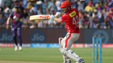 Shaun Marsh plays one off the back foot