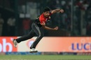 Avesh Khan in action, Delhi Daredevils v Royal Challengers Bangalore, IPL 2017, Delhi, May 14, 2017