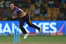Trent Boult shared the new ball with Umesh Yadav, Sunrisers Hyderabad v Kolkata Knight Riders, Eliminator, IPL, Bangalore, May 17, 2017