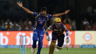Jasprit Bumrah appeals for the wicket of Robin Uthappa