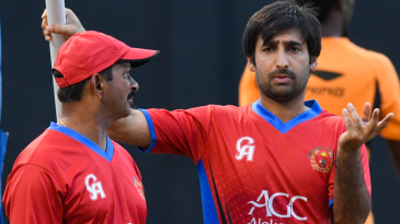Asghar Stanikzai has a chat with coach Lalchand Rajput