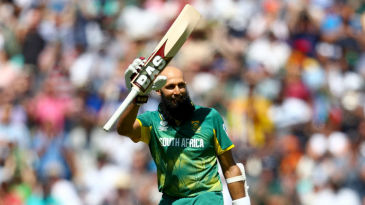 Hashim Amla acknowledges the applause after getting to his 25th ODI ton