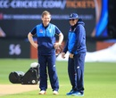 Eoin Morgan and Trevor Bayliss share a lighter moment, Edgbaston, Champions Trophy 2017, June 9, 2017