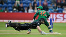 Kane Williamson dives to make his ground, New Zealand v Bangladesh, Group A, Champions Trophy 2017, Cardiff, June 9, 2017