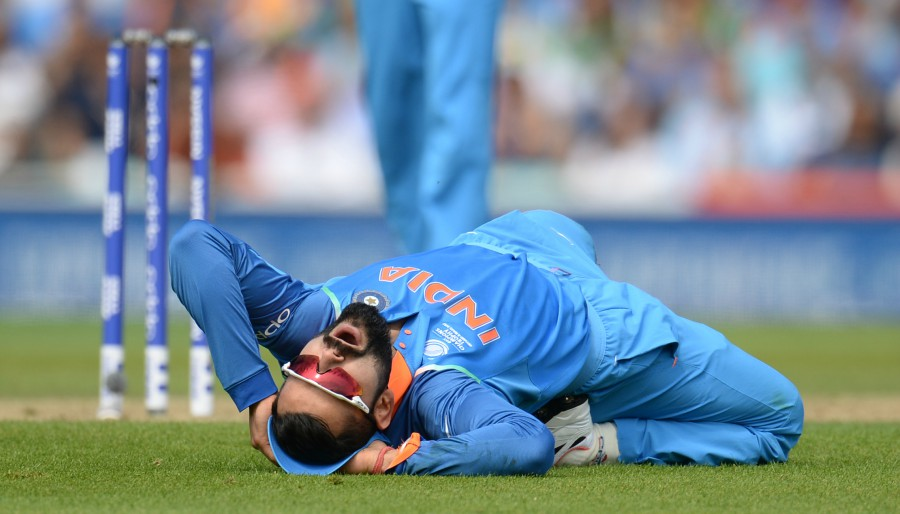 Virat Kohli expresses his displeasure at missing a run-out, India v South Africa, Champions Trophy 2017, Group B, The Oval, London, June 11, 2017