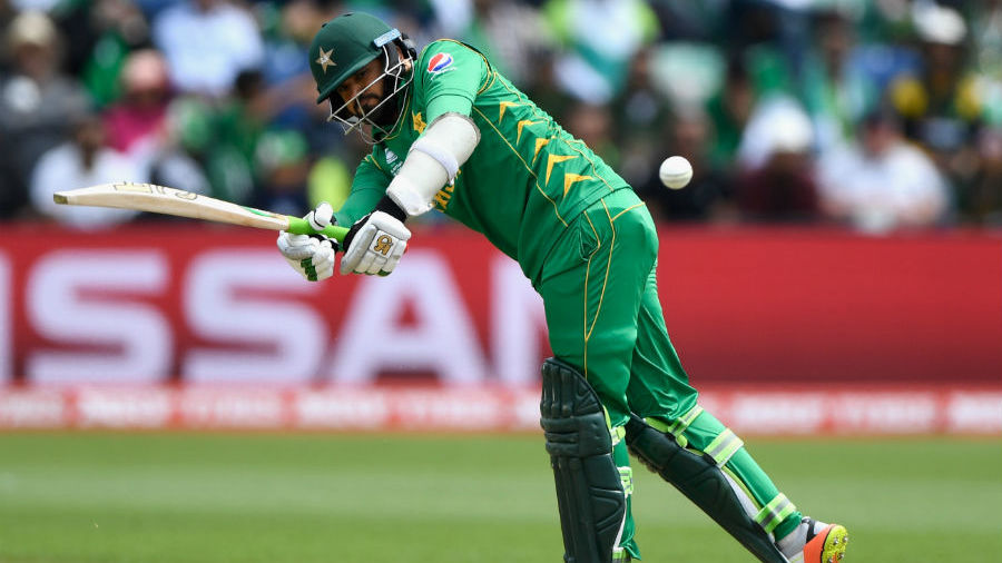 Azhar Ali times a half-volley superbly through the legside, Sri Lanka v Pakistan, Champions Trophy, Group B, Cardiff, June 12, 2017
