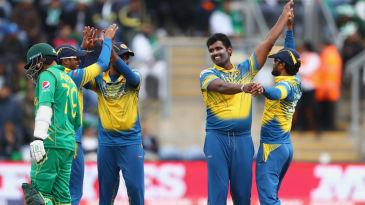 Thisara Perera celebrates the wicket of Mohammad Hafeez