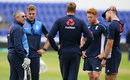 Trevor Bayliss talks to Jason Roy, Jake Ball, Jonny Bairstow and David Willey, Cardiff, June 13, 2017