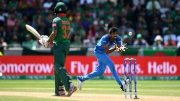 Jasprit Bumrah completes the return catch of Mosaddek Hossain
