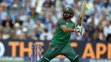 Mashrafe Mortaza scored an unbeaten 30 off 25 balls