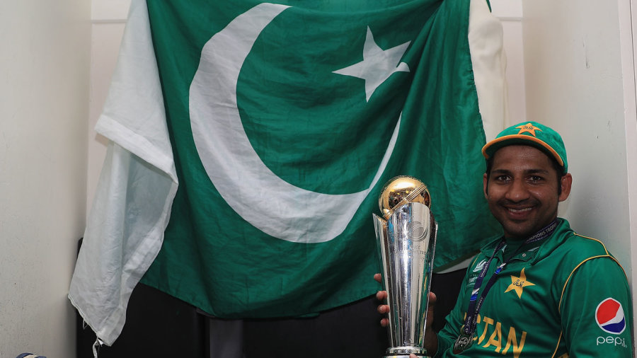 Sarfraz Ahmed poses with the trophy, India v Pakistan, Final, Champions Trophy 2017, The Oval, London, June 18, 2017