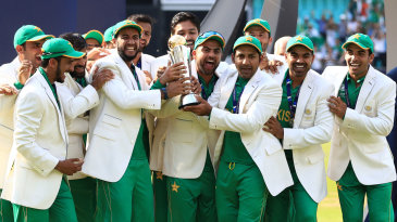 Excitement for Pakistan on receiving the trophy