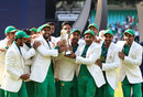Excitement for Pakistan on receiving the trophy, India v Pakistan, Final, Champions Trophy 2017, The Oval, London, June 18, 2017