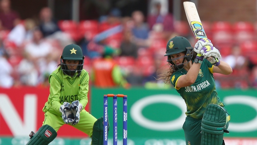 Natalie Sciver, Heather Knight tons lead England to crushing win over Pakistan
