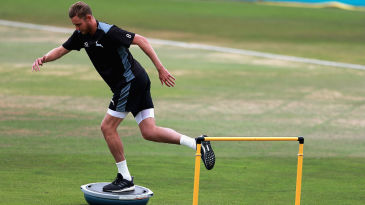 Stuart Broad undergoes a fitness test on his injured left heel