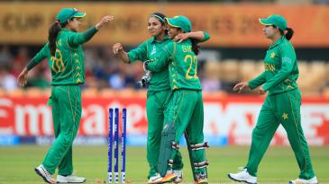 Kainat Imtiaz celebrates with her team-mates