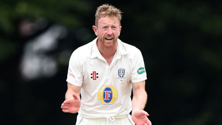 Paul Collingwood urges on Durham at the Chesterfield Festival