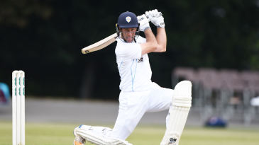 Wayne Madsen on the attack for Derbyshire