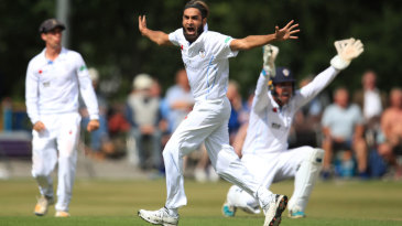 Imran Tahir appeals for a wicket